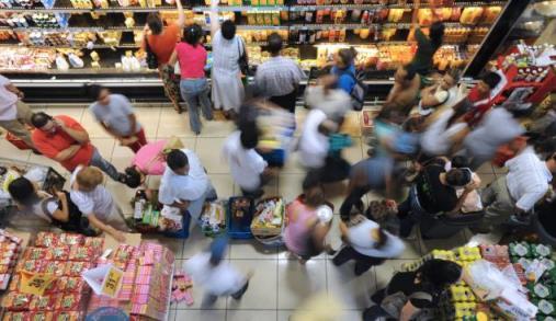 Consumidores e marketing em avaliação