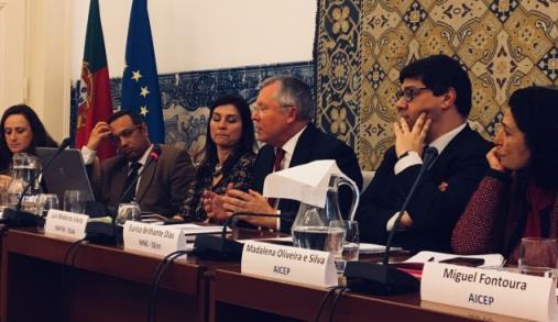 FIPA debateu internacionalização